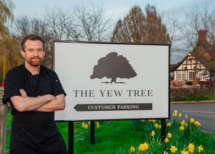 Ben Ackland at The Yew Tree Bunbury